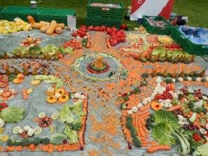 Fruit and veg sculpture 4